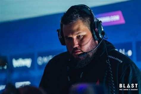 Coach Zonic defends Astralis' decision to skip events