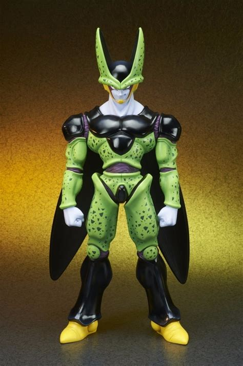 X PLUS Gigantic Series Dragon Ball Z Cell Complete Form